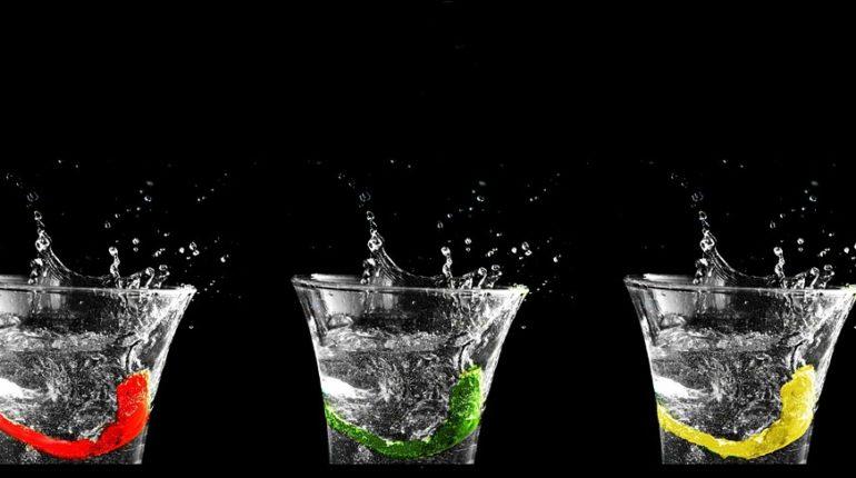 Pít vodu nebo čaj
