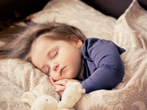 Spát v autě nebo raději v penzionu při road tripu?